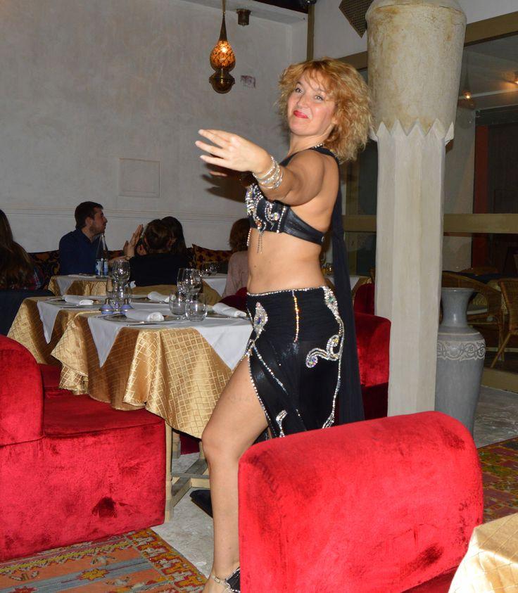 Belly dancer in Moroccan restaurant, Reus, Spain