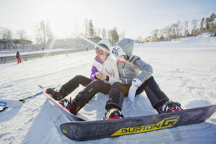 Laskettelua Lahdessa, ritareita Turussa ja surffausta Kotkassa – tässä ovat talviloman parhaat päiväretket - Matkailu - Matka - Helsingin Sanomat