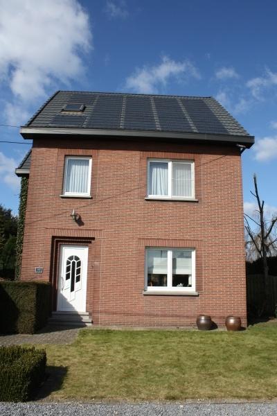Metrotile Solar tiles in action in Belgium