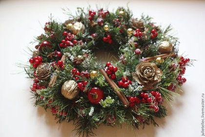 Рождественский венок Грильяж - ярко-красный,рождество,Новый Год,венок на дверь