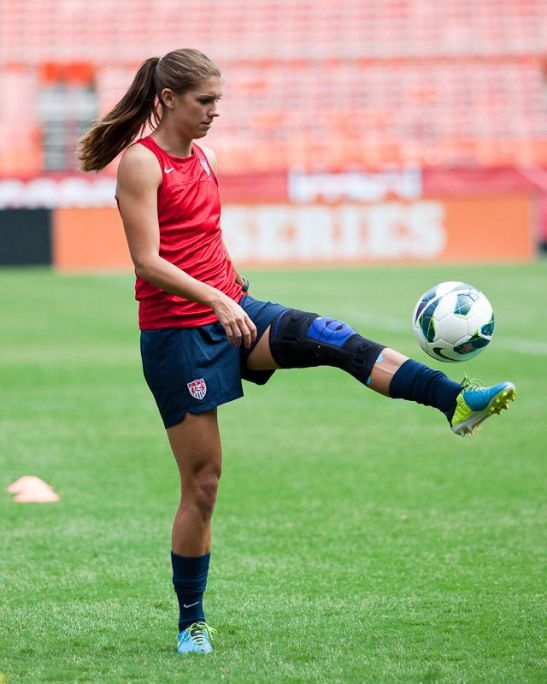 new style f40cb db10e Alex Morgan. (Francis Chung) #alexmorgan #alex #morgan ...