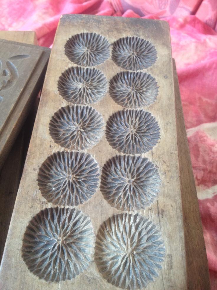 Vintage Japanese sweets Molds Kashigata 菓子型 http://vintagefromjapan.etsy.com #vintage #japan #art #craft #etsy #wood #food #kitchen #cook #instagood #instafun #instasia #instafood #instagram