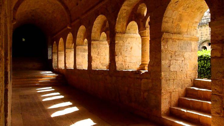 l'abbaye du Thoronet merveille de l'art cistercien