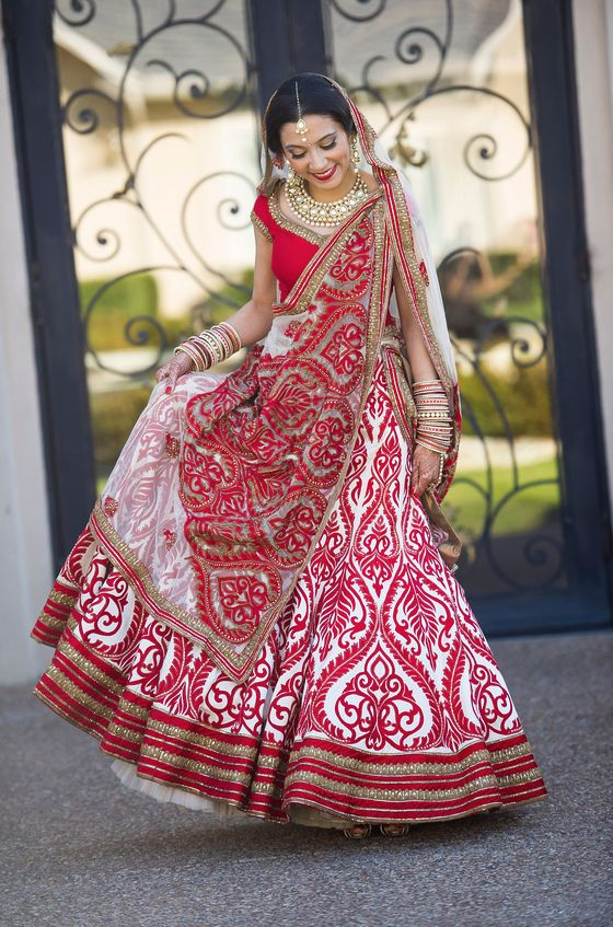 In love with the pattern on this wedding lehenga!