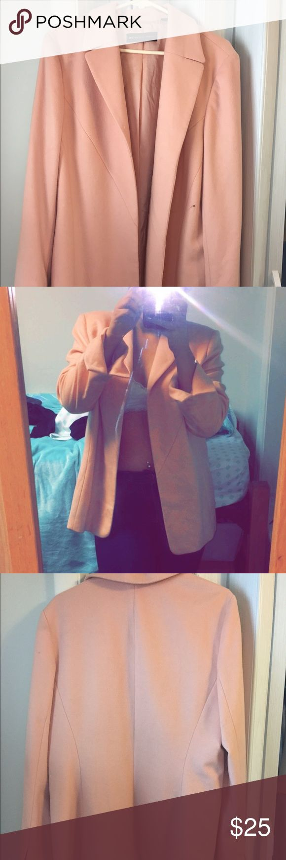 Light pink blazer🎀 I love this but haven't gotten a chance to wear it out!  I hope someone else can bring this lovely jacket to life✨✨✨. The shoulder pads are cut out no damage to the jacket though Jackets & Coats Blazers