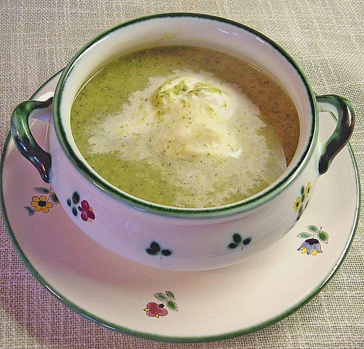 creamy german broccoli soup