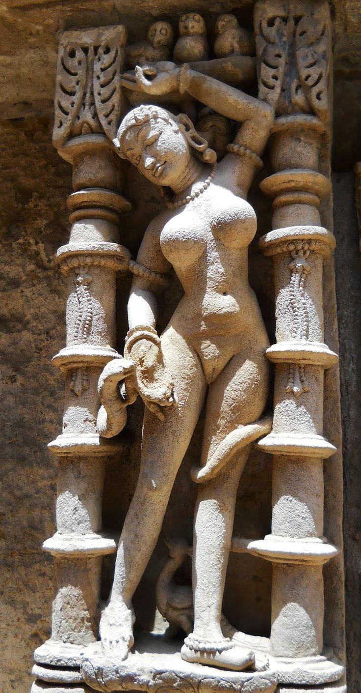 Naked snake spirit. Rani ki vav. Gujarat