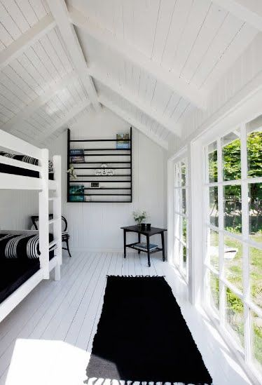 summer cabin bunk room