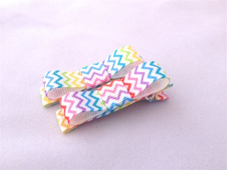 Rainbow Chevron bow clip set. | Little Miss Muffet | madeit.com.au