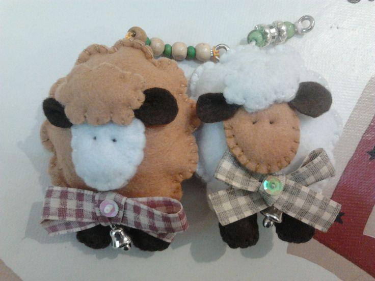 Pecorelle portachiavi in pannolenci