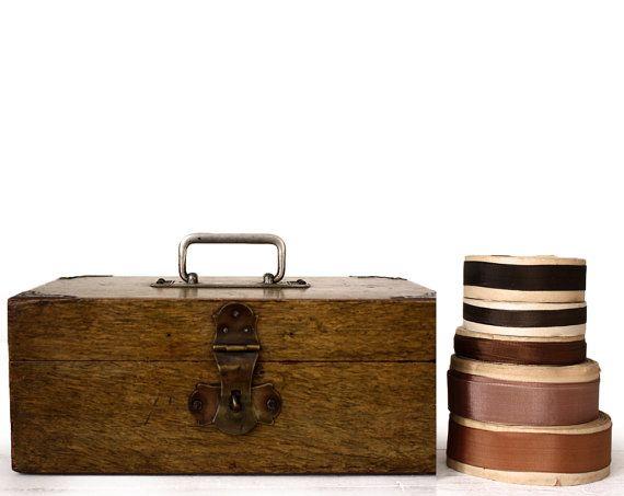 Antiquariato francese gingillo scatola da cucito di uneviedeboheme