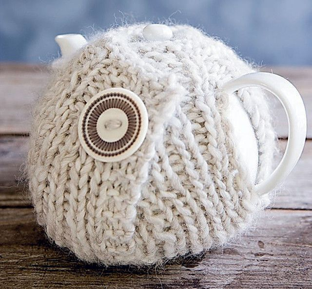 A cozy old-fashioned? Of course not! This super warm cozy knit entirely up to you. You can make it as big or small as you want. This tea cozy is stretchy and fits on multiple teapots.