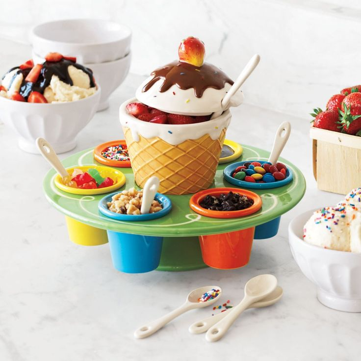 Ceramic Ice Cream Toppings Caddy - Sur la Table  #: Good Ideas, Ceramics Ice, Ice Cream Tops, Fun Ideas, The Tables, Sundaes Parties, Fun Time, Tops Caddy, Cream Parties