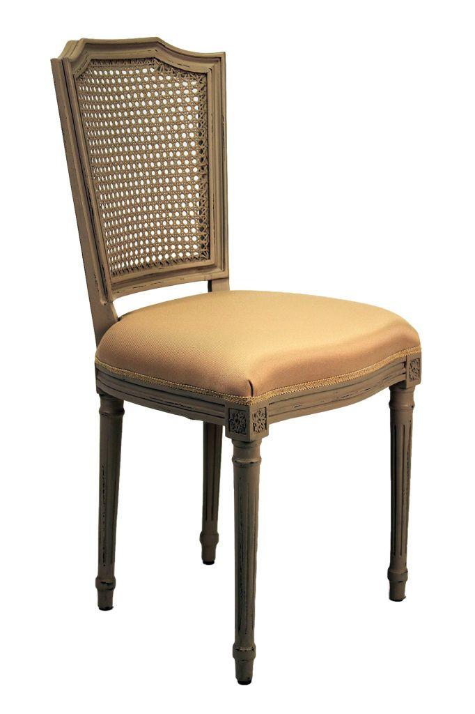 Superbe chaise de style Louis XVI entièrement réalisée à la main en bois d'Acajou. Le cannage est manuel ainsi que la sculpture de la Chaise. Et toujours chez GEPACO le choix de la teinte et du Tissu.