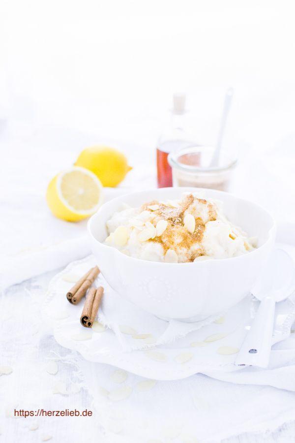 Milchreis Rezepte: Leckerer Marzipan-Milchreis nach einem Rezept von herzelieb #deutsch #foodblog #süßspeisen
