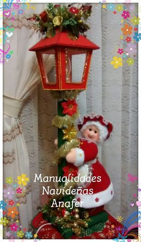 Adorna tu sala con este hermoso farol de Mamá Noela para darle luz y calor a tu hogar. Medida del farol: 80 cm de alto.