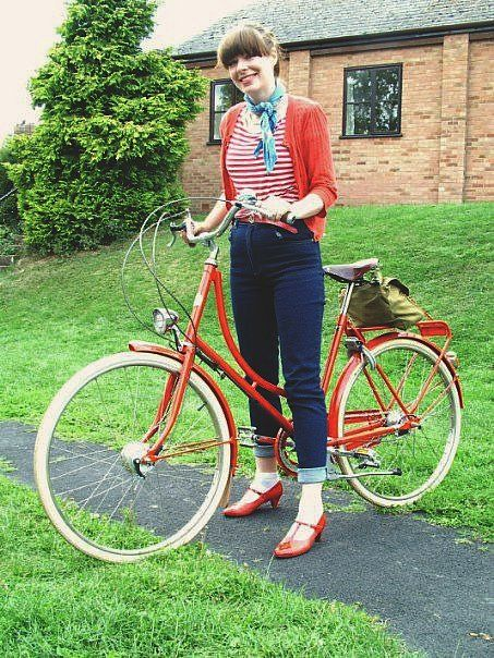 cute retro style ...her shoes are adorable