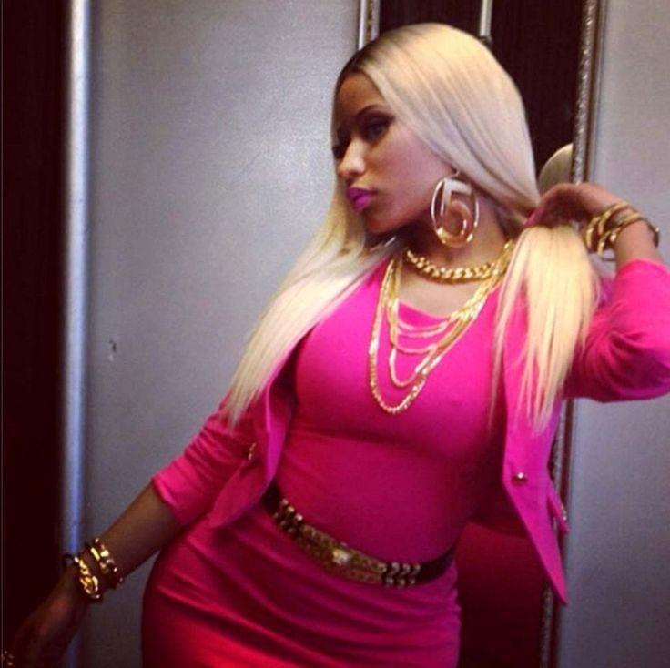 Nicki Minaj Photos - Celebrity social media pictures from Instagram and Twitter. - Celebrity Social Media Pics
