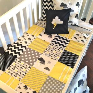 stormy quilt.... so cute... love the mix of these patterns.  Weather quilt! Maybe try something that shows the water cycle, but with storms and a rainbow and stuff!