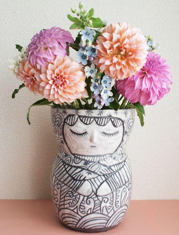 Vase for vanity blooms