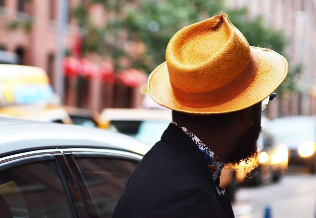 Smal orange fedoraOrange Fedoras, Hats Luv, Elegant Scruff, Straws Hats, Smal Orange, Street, New York Fashion, Small Orange, Dresses Men