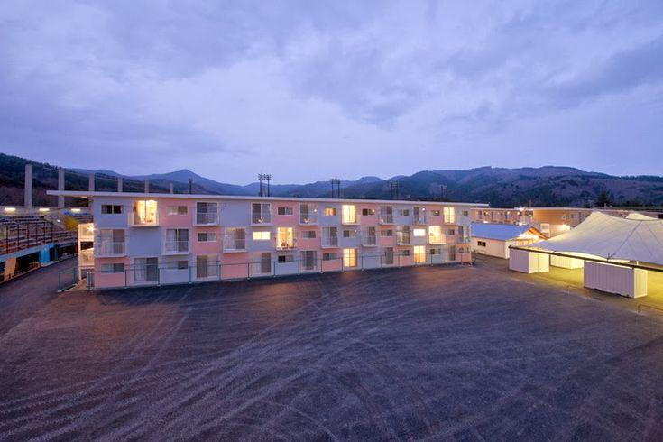 Container sa apartamento container solu o residencial for U shaped container home