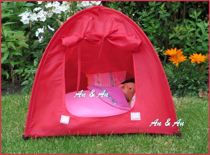 Tent met matrasje, twee kussentjes en slaapzakje  voor little babyborn