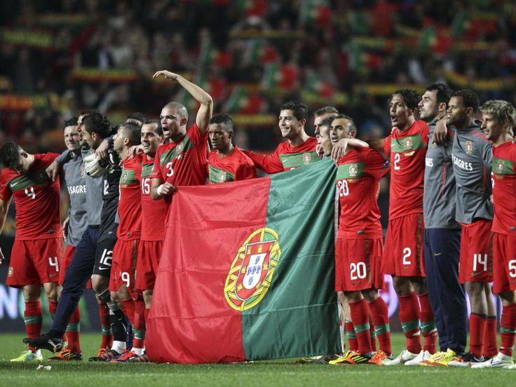 """No Sense of Reason: Com Tranquilidade  Chegámos às meias-finais e caímos nos pénaltis com a Espanha. Foi um bom Euro 2012 que devia ter sido seguido por uma renovação sustentável, que apenas hoje está a ser implementada.  """"A selecção portuguesa derrotou a Bósnia-Herzegovina por seis bolas a duas carimbando de forma categórica o passaporte para o Euro 2012. Apesar do que o resultado possa indicar, o jogo de ontem foi tudo menos fácil para a equipa das quinas."""""""