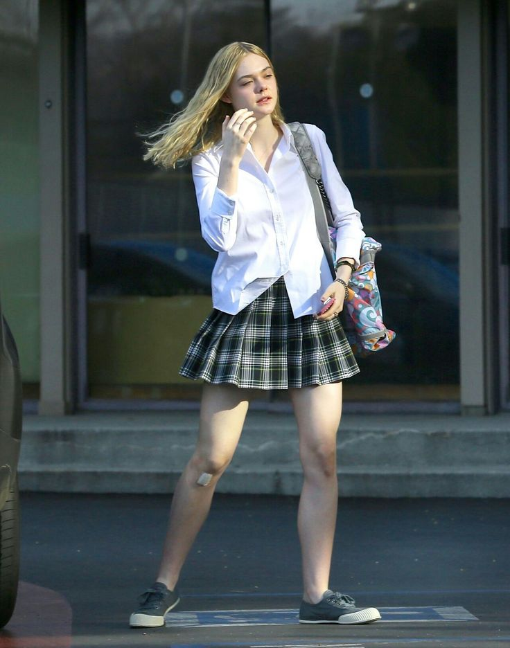 Elle Fanning Leggy in Mini Skirt – Out in Los Angeles, Feb. 2015