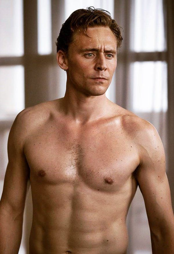 I'm screaming!! #TomHiddleston in High-Rise, 2016.