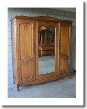 Queen Ann kledingkast met geslepen spiegeldeur