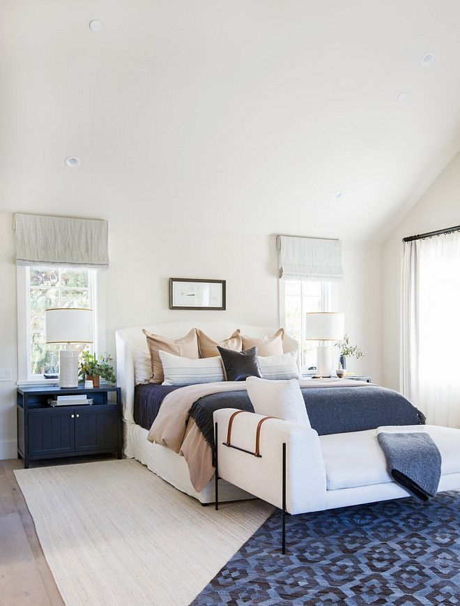 White And Navy Colored Bedroom Guest Bedroom Decor Off White Bedrooms Guest Bedroom Design