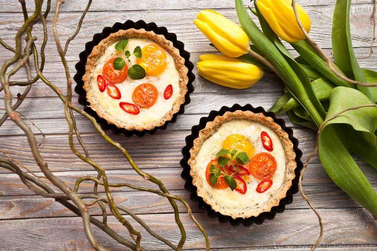 Mini tarty z jajkiem. #jajko #jajka #minitarty #pomidory  #smacznastrona #tesco #przepisy #przepis #wielkanoc #tradycja