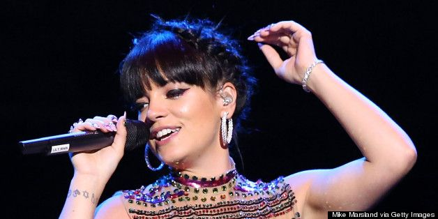 Lily Allen Mocks Beyonce At GAY, Has A Bucket Of Water Thrown At Her During 'Drunk In Love'