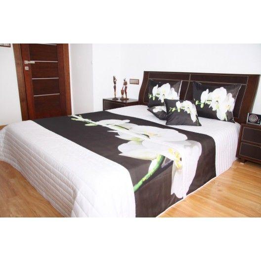 Přehoz na postel bílé barvy s motivem bílé orchideje - dumdekorace.cz