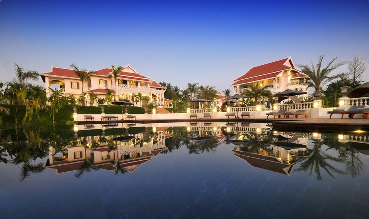 5 stars luxury hotel in French colonial style and first hotel in Laos joined 'Small Luxury Hotel of the World (SLH)' brand located at Luang Prabang