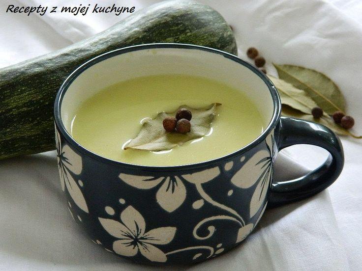 RECEPTY Z MOJEJ KUCHYNE A ZÁHRADY: Cuketová polievka so smotanou