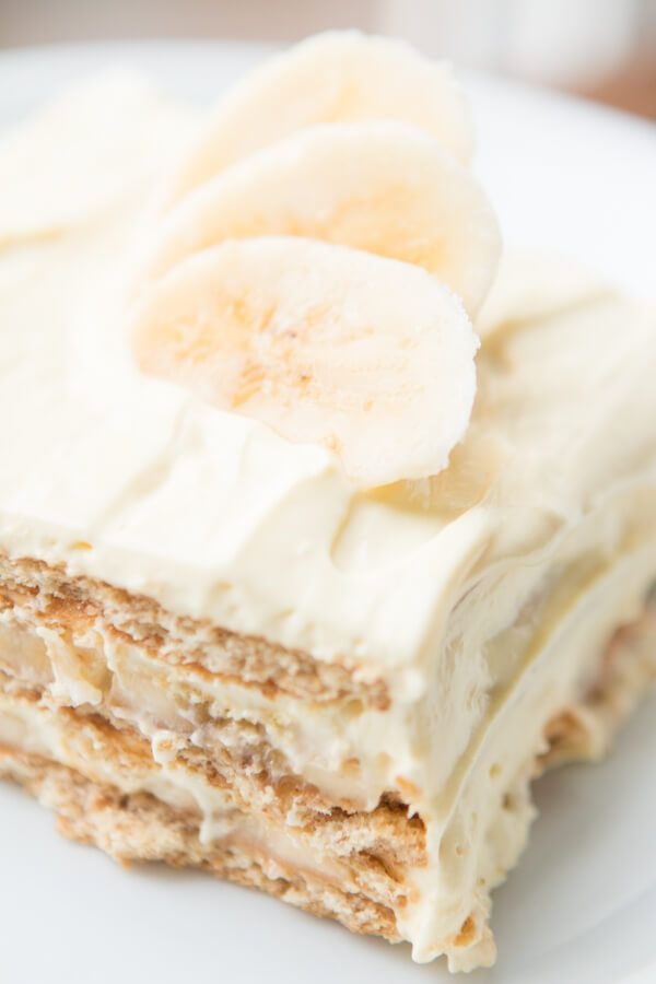 Our family goes crazy for banana cream pie so a banana cream icebox cake was a must! It's just as delicious but even easier to make! ohsweetbasil.com