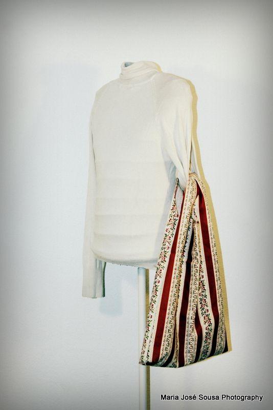 Saco com padrão em Chita de Alcobaça - 40 x 55 cm - 4.50 €