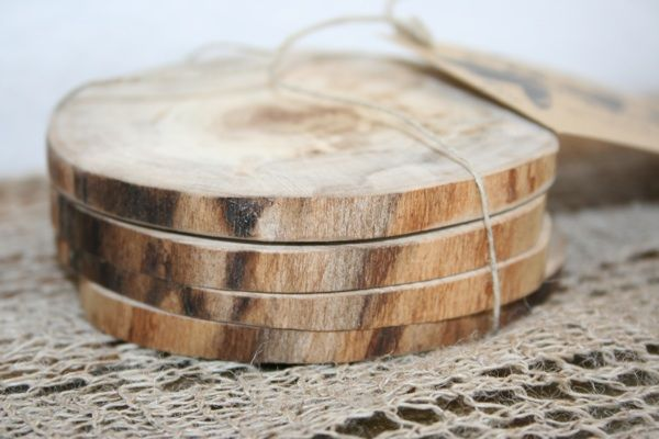 Diy wooden coasters wedding wood slices and rustic for Diy rustic coasters
