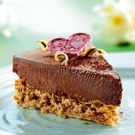 Annes kake med mandelbunn og sjokolademousse