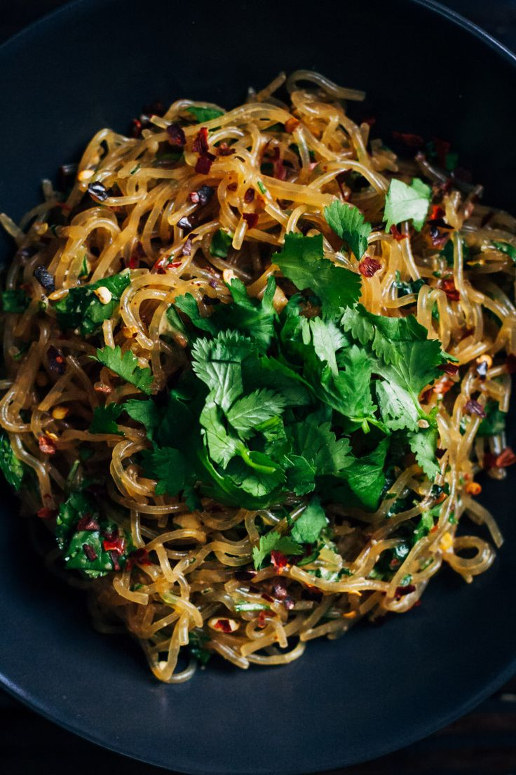 raw pad thai with kelp noodles #raw #vegan #recipe