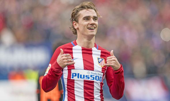 Huge Manchester United transfer blow: Antoine Griezmann reveals future plans - https://newsexplored.co.uk/huge-manchester-united-transfer-blow-antoine-griezmann-reveals-future-plans/