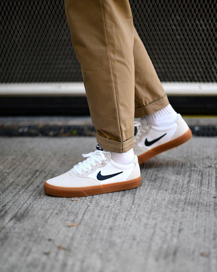 Nike SB Chron Solarsoft White/Obisdian . Back in stock on SNKRS ...
