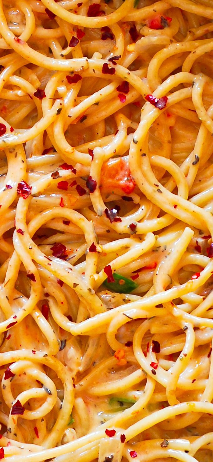 Spicy Pasta in Creamy White Wine Parmesan Sauce #pasta #dinner