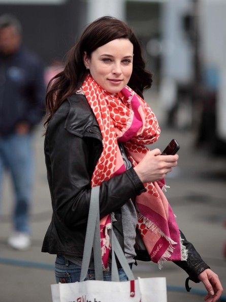Rachel Nichols Photo - Rachel Nichols on the Set of 'Continuum'