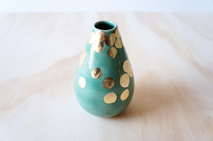 Beautiful Green and Gold Teardrop Vase #Etsy #JonathanAdler #GetChicSweepstakes
