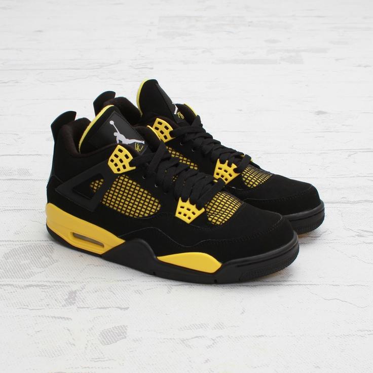 Air Jordan 4 Retro (Black/White-Tour Yellow)
