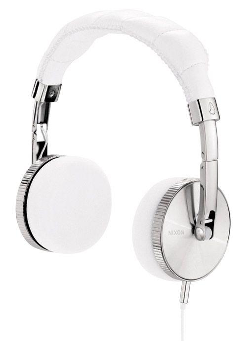 NIXON HEADPHONESAccessories Stuff, Accessories Travel, Nomad Headphones, Nixon Nomad, Travel Accessories, Headphones White, Nixon Headphones, Mic Headphones, Nomad Mic