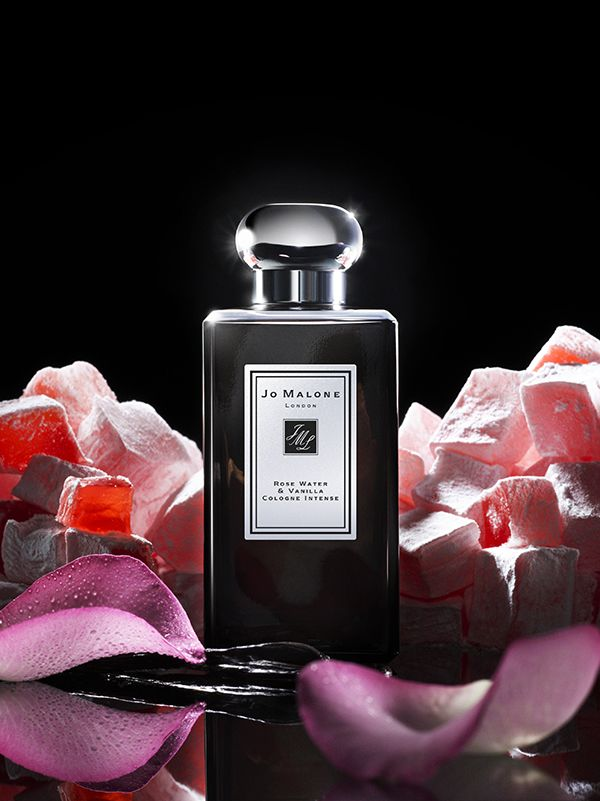 Delectable Turkish Delight. Rose Water and comforting vanilla are enriched with a succulent bite of rose loukoum. A tempting and addictive fragrance.
